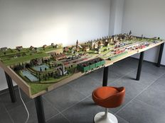 Fleischmann N - Complete model railway track with 23 points, transformers and 16 trains
