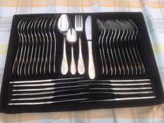 Beautiful Excellent cutlery with gilt pattern