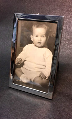Silver photo frame with wooden backing 900 silver