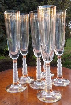6 crystal glasses hand-painted in gold, with stem carved into a spiral, highly refined - France - around 1880