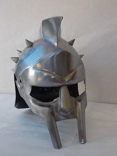 "Beautiful Gladiator helmet featured in the movie ""Gladiator"" made in steel with head cover"