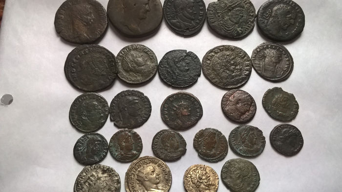 Roman Empire - 25 various coins (AR, AE),  1st/4th.century (Hadrian, Gordian III, Late Empire AE's, etc.)