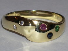 Gold ring in 14 kt with ruby, sapphire, emerald and 2 diamonds.
