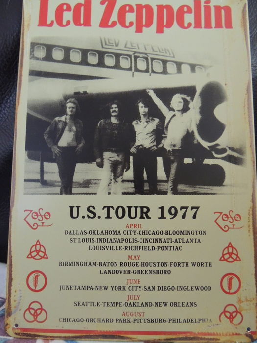 Led Zeppelin U.S. Tour  - Concert  - 1977  Big Memorial Sign