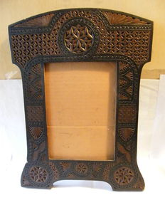 Wooden photo frame or mirror - popular - ca. 1920