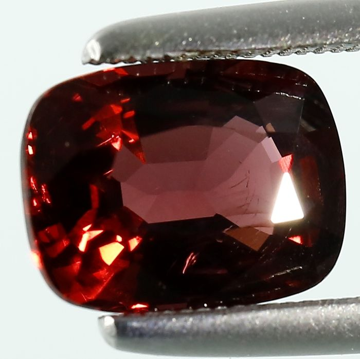 Red Spinel - 3.14 ct