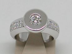 White gold 18 kt, women's, diamond engagement ring, in total: 0.72 ct – Size 54.