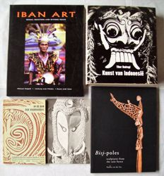 Lot with 5 books on tribal art of Indonesia and New Guinea