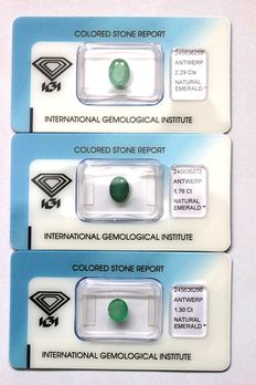 Three emeralds - weight of 5.35 ct in total