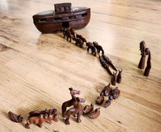 Naive Noah s Ark wooden African Toy set - Zambia - 1970s