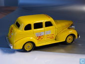 Voitures miniatures - Lledo - Chevrolet Car 'Yellow Cabs'