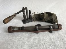 WW I and WW II 1935-1945 German infantry - Rifle scope from Hensoldt Wetzlar/Germany, Original round of ammunition press and gun cleaning kit