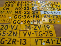 Lot of Dutch license plates c. 1978 - 1990