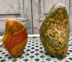Large, fine Jasper free-forms-17.5 and 22.5 cm-5,68 kg (2)
