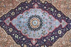 BEAUTIFUL Persian Shahreza (Isfahan)  Carpet   210 x 144 cm