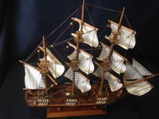 Vintage Frigate H.M.S. Bounty, all craft