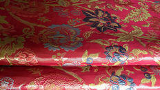 Majestic damask lampas fabric, 5.70 m, with with golden thread, Italy, 20th century