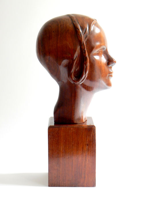 Edition SAS Paris - Bust of a young woman (50 cm high)-rosewood