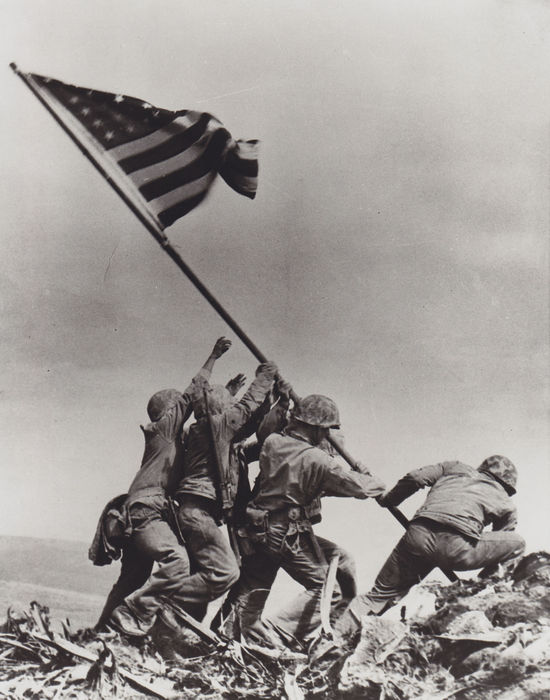 Joe Rosenthal (1911-2006) / AP - 'Flag raising on Mount Suribachi' - Iwo Jima - 1945