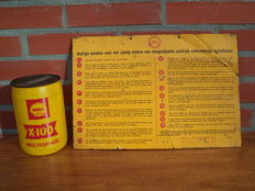 Shell tin advertising sign + oil can 1950s/60s