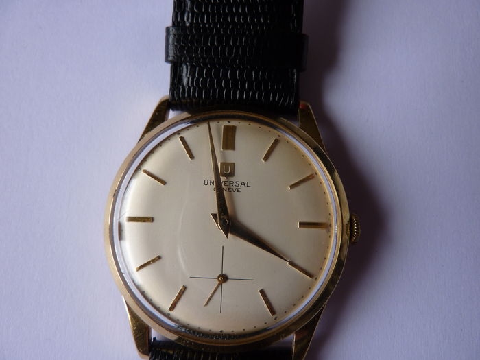 Universal Geneva Watch in Gold - 1956/1957.
