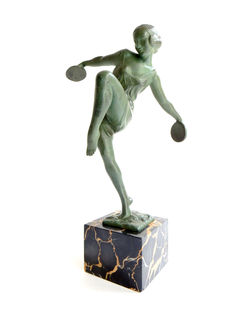 Fayral - Pierre le Faguays (1892-1962) - 'danseuse avec cymbale' - green patinated