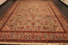 Magnificent handwoven Art Nouveau Persian carpet Tabriz with animal motifs 300 x 410 cm. Made in Iran around 1960