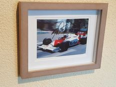 Alain Prost - 4 times world champion Formula 1 - original autographed framed Monaco GP photo + COA.