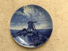 De Porceleyne Fles - Large dish after Gabriel
