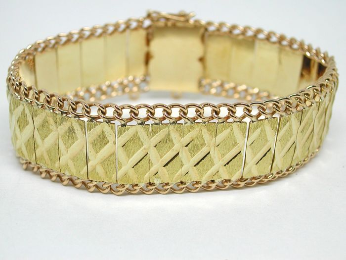Bi-colour gold bracelet, around 1950-1970