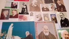 Interesting lot of Santo Padre Pio. relics, postcards, holy pictures ...