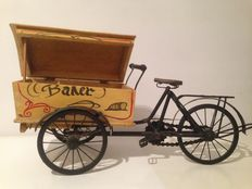 Bread baker cargo bike