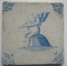 Antique tile with violin player!         (Special scene)