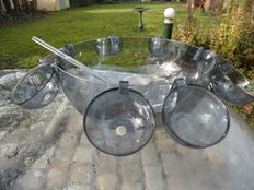 Guzzini acrylic punch bowl set with 8 cups and the accompanying ladle - Italy - design sixties