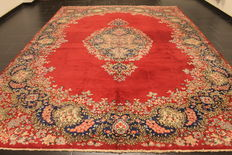 Magnificent hand-woven vintage Persian carpet, mirror Lawer Kirman, made in Iran around 1950 Royal 270 x 374 cm