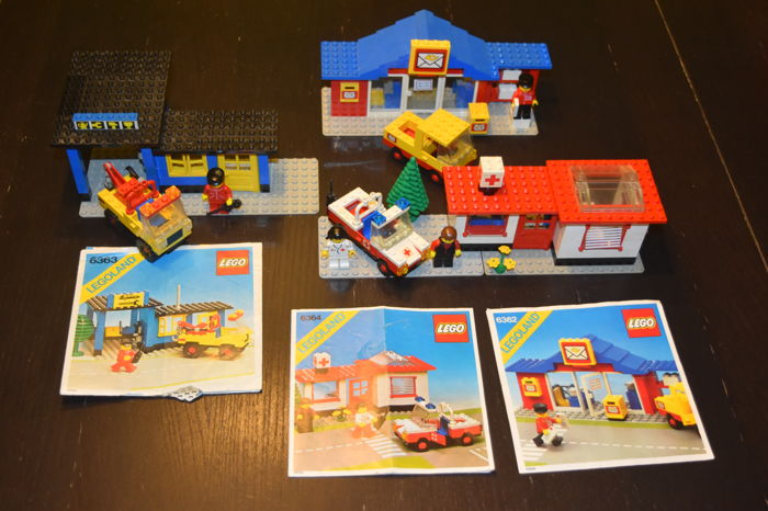 Classic Town - 6362 + 6364 + 6363 - Post Office + Auto Repair Shop + Paramedic Unit