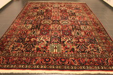 Semi Antique handwoven PERSIAN Oriental carpet from around 1960, fields, Bachtiar Bachtiari, made in Iran, 270 x 368 cm