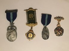 Collection of 4 Masonic  medals