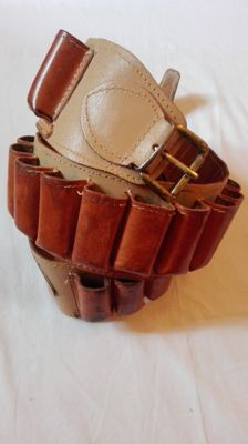 Cartridge belt in fine leather in country style - second half 20th century