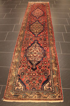 Hand-knotted Persian carpet, real Malayer runner, finest wool on cotton, plant dyes, 77 x 310cm, made in Iran around 1960, excellent