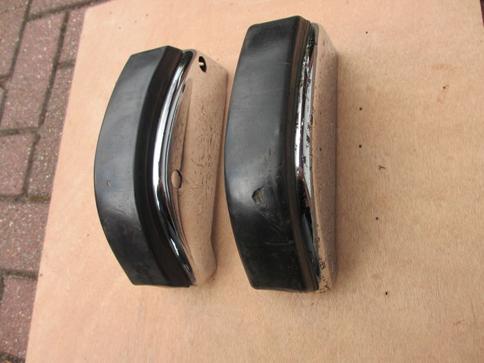 Porsche 911/912 F-model rear bumper rosettes
