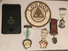 Case of Masonic medals