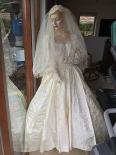 Brocante antique wedding dress with beautiful antique lace