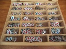 Large batch of pins - Car brands - Volkswagen, Renault, Citroen - 1960s