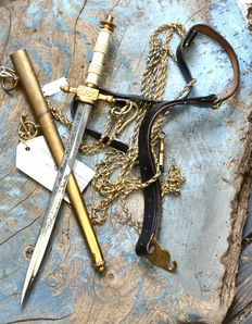Dutch Navy Nobel chest dagger with belt and chain 20th century