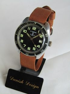 Le forban securite-mer – men's diving wristwatch – 1960s – Serviced