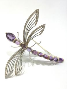 Dragonfly pendant in 18 kt gold with diamonds and amethysts