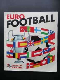 Panini - Euro Football 76/77 - Complete album - In good condition.