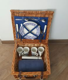 Brookes Basket - Rieten picnic basket for 4 person - for classic/vintage car - Made in England - 40 x 39 x 20 cm
