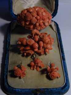 Bracelet - brooch - earrings - Sciacca coral set on gold